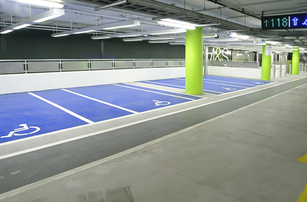 Contemporary Car Parking at £1.6bn Retail Centre ...